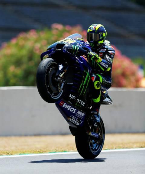 Gagal Bersaing di MotoGP Spanyol, Valentino Rossi Akui Dirinya Tak Secepat Dulu (1)