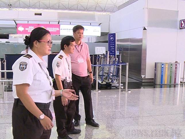 有網民發起下午在機場集會,機管局早上起實施管制措施。(曾仕銘攝)
