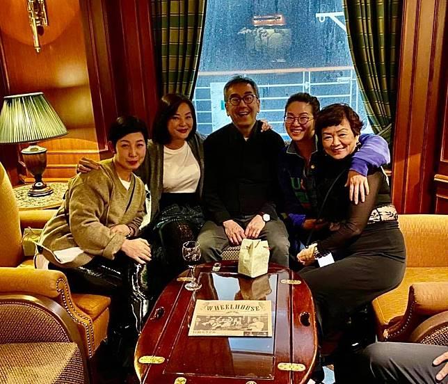 1月20日黎芷珊在日本橫濱上過鑽石公主號郵輪,回港後得知同船有人確診。當日她跟新聞之花張寶華、才子陶傑同行。