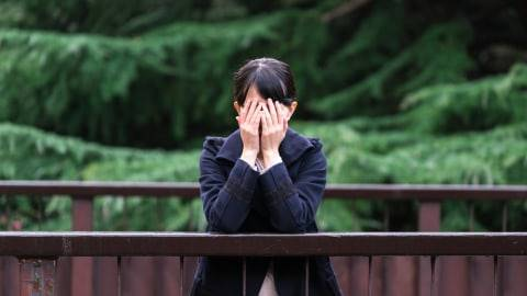 Menghadapi Orang Terdekat yang Mengalami Depresi