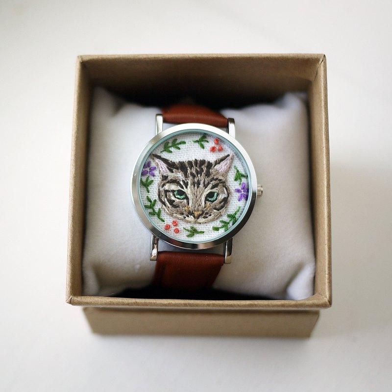 專屬訂單 - 貓咪刺繡錶/飾物 (請跟設計師先確認再下單)