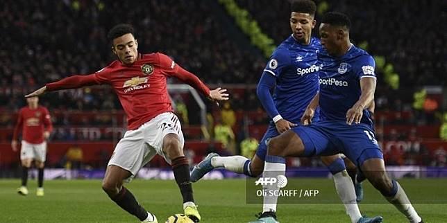 Link Live Streaming Everton Vs Man United Kickoff 21 00 Wib Kompas Com Line Today