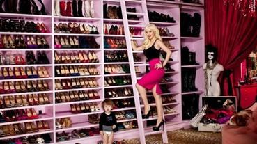 看完這 8 位名人的衣櫃後,我覺得自己的衣櫃實在太太太小了!