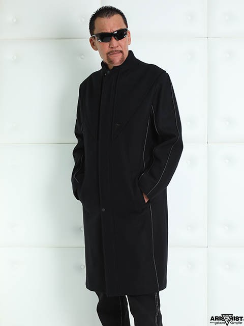 costme_coat_1.jpg