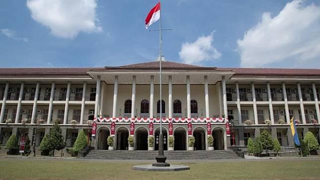 Universitas Gadjah Mada Masuk Daftar Perguruan Tinggi Paling Eksotik di Dunia