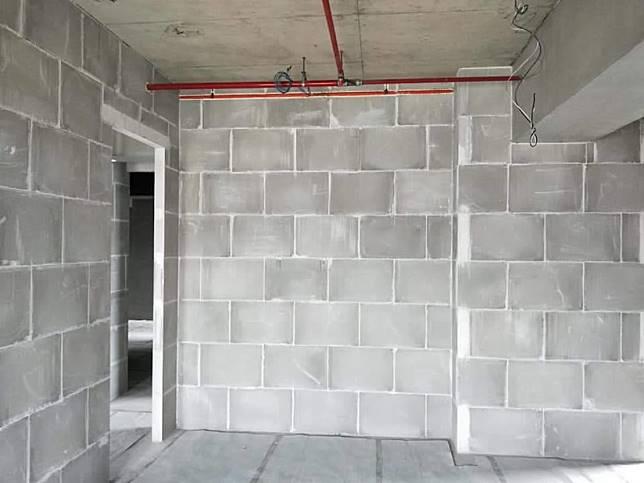 綠能防潮石膏磚的特色 - 防潮