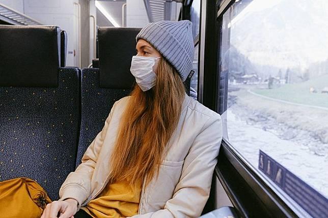 PERHATIKAN beberapa hal agar penggunaan masker tidak mengakibatkan kerusakan kulit.*