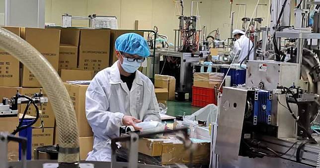 鴻騰精密10條醫療口罩生產線 3月起日產百萬片