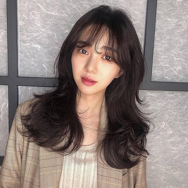 珉娥去年退出AOA,轉型做演員。