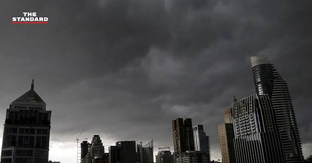 17-19 กรกฎาคมนี้ กรมอุตุฯ เตือน 21 จังหวัดเสี่ยงฝนตกหนักและคลื่นลมแรง