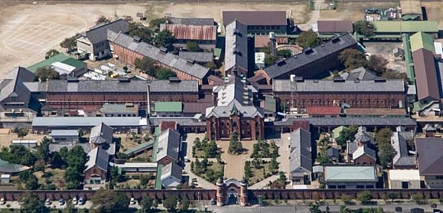 奈良少年監獄的5楝大樓,尤如扇形展開,相當有格局。(互聯網)