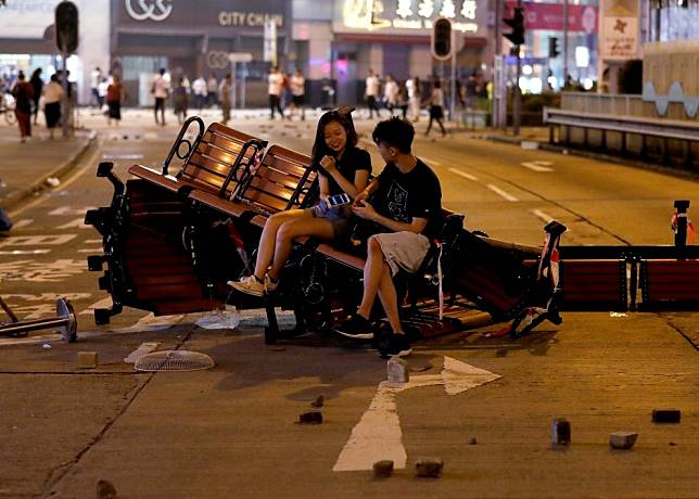 Hong Kong protest movement must cut out the violent faction
