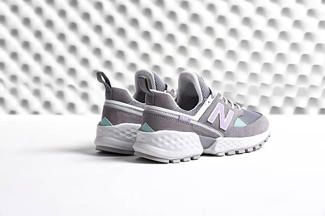 f2546e93cc49a New Balance經典數字潮鞋再推新作574S v2 無所不型由我定義全新上市