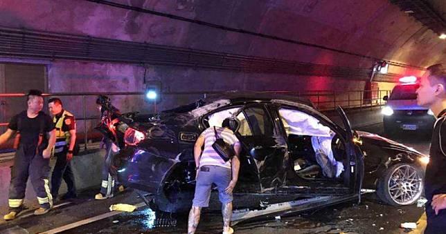 3輛BMW競速狂飆 基平隧道內撞成一團