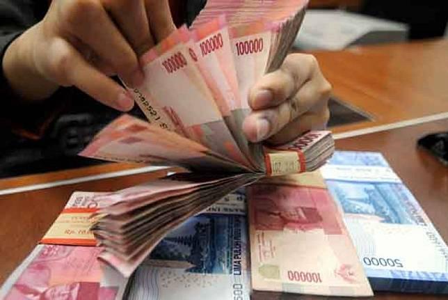 Uang THR. (ilustrasi)