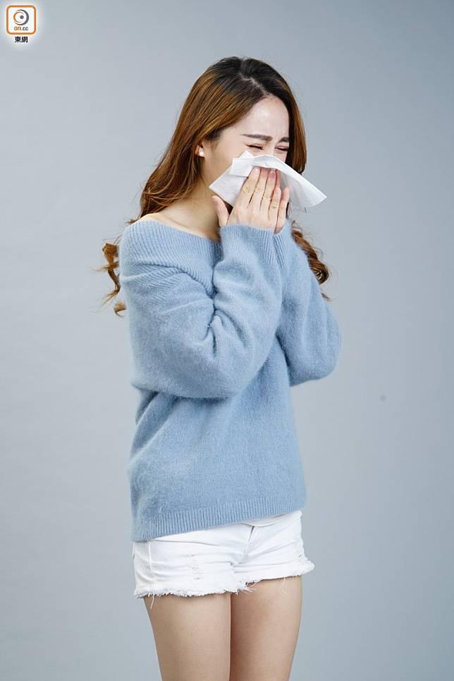 轉季早晚溫差較大,容易鼻敏感發作,鼻塞、流鼻水等都是常見病徵。 (資料相片)