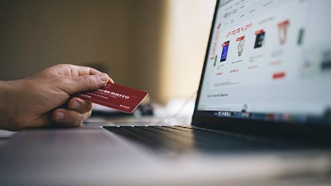 Ilustrasi transaksi e-commerce.