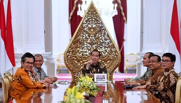 Jubir Jokowi Bertanya ke Amien Rais, Definisi Ngibul Itu Apa?