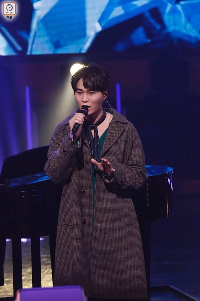 胡鴻鈞奪「最佳演繹男歌星」。