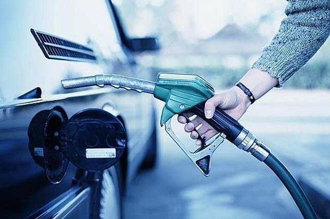 ใจร่มๆ พรุ่งนี้ลดราคาน้ำมันทุกชนิด60 สต. เว้น E85 ลง 40 สต.