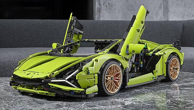 Lego Supercar Lamborghini Sian FKP 37, Ada 3.6969 Pieces