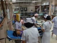 Sau khi uống thuốc siro ho, hai đứa bé ốm nặng rồi trở nên lú lẫn, đã tìm ra nguyên nhân