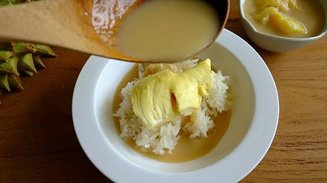 7 Olahan Populer Durian yang Lembut dan Lumer di Mulut