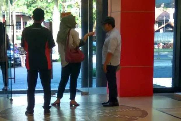 Corruption convict Setya Novanto transferred to maximum security prison after being photographed at mall