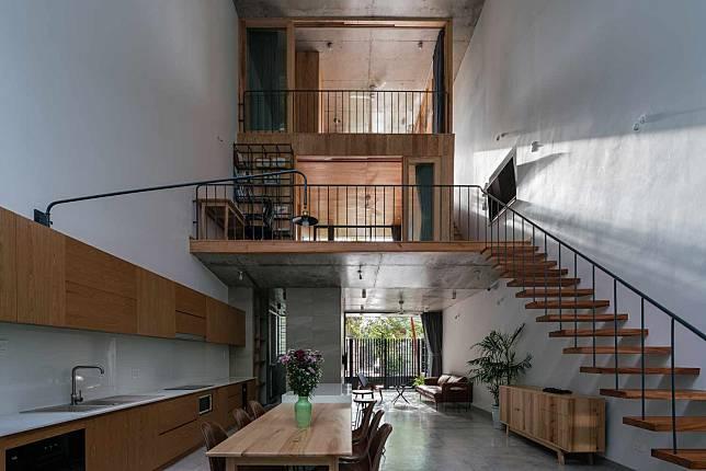 Desain Rumah Tropis Minimalis Tiga Lantai Super Keren Di Vietnam |  Arsitag.com | LINE TODAY