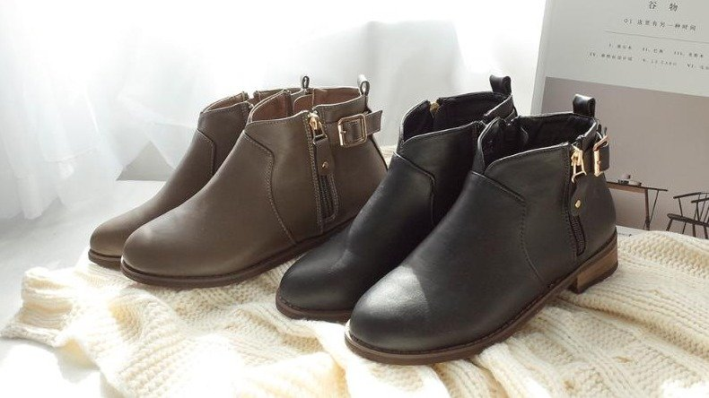D+AF 喜歡的設計一次擁有!好評推薦V口短靴