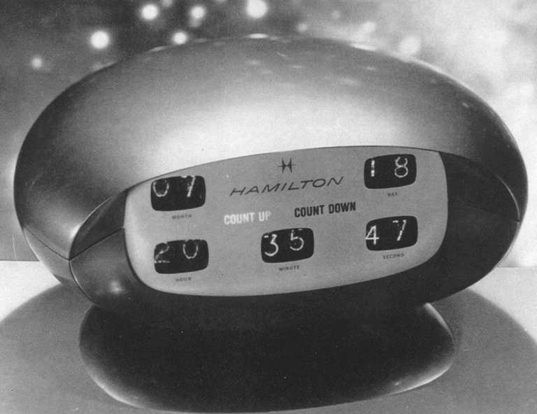 天才導演Stanley Kubrick曾邀請HAMILTON,為科幻電影《2001太空漫遊》設計一系列富未來感的時鐘和腕錶。(圖片來源╱網路)