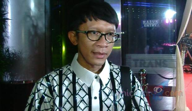 Evelyn dan Roy Kiyoshi Seumuran, Aming: Lebih Cocok, Daripada Gue Tua Bangka