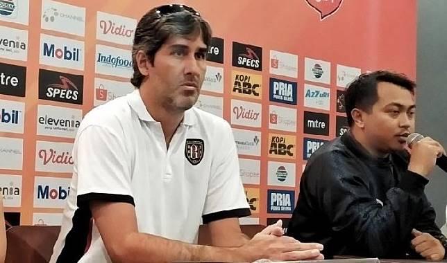 Pelatih Bali United Stefano 'Teco' Cugurra. Antara