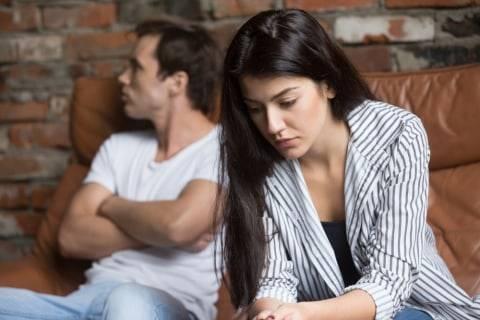 5 Kesalahan yang Bisa Hancurkan Hubungan, Salah Satunya Terima Pacar Apa Adanya