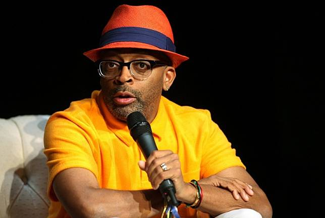Aktor sekaligus sutradara Spike Lee ikut menyuarakan protesnya tekait kasus kematian George Floyd (Foto: Spike Lee)