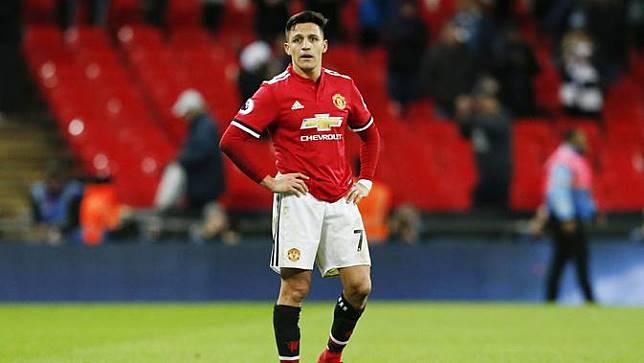 Alexis Sanchez Asyik Jadi Aktor di Tengah Ketidakpastian Nasib di Manchester United