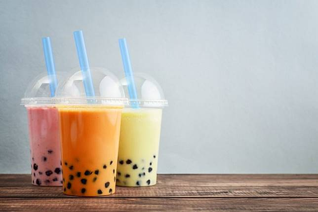 Bubble tea dengan boba.