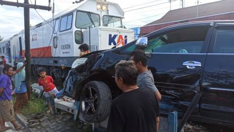 Ini Tanggapan PT KAI Soal Rawan Kecelakaan di Perlintasan KA di Padang