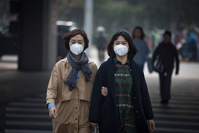 China coronavirus: at least three suspected cases found in Shenzhen, Shanghai, sources say