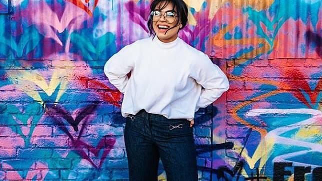 Ilustrasi orang bahagia. Sumber foto: unsplash.com/Tyler Nix.