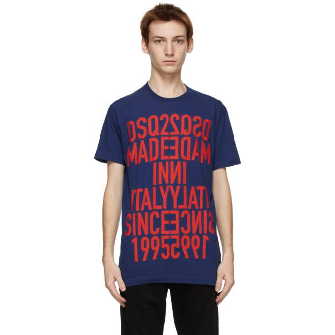 海军蓝短袖 T 恤,采用棉质平纹针织面料。· 罗纹针织圆领· 正面红色文字和徽标印花· 背面红色徽标印花供应商配色:Navy