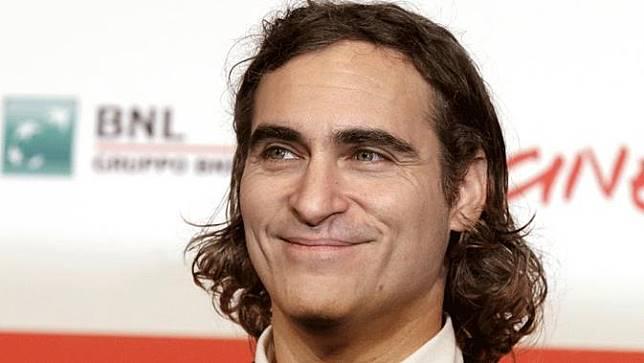 Joaquin Phoenix Dapat Pujian di Trailer Joker