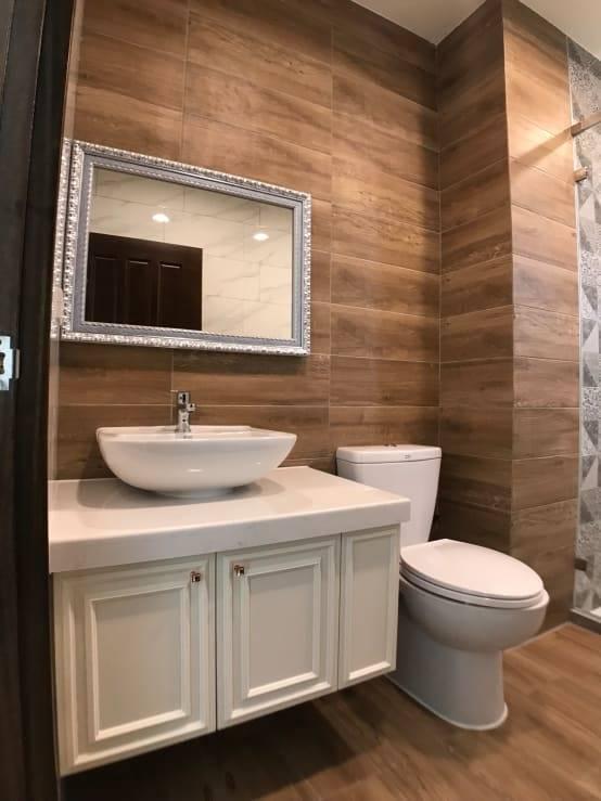 三樓前浴室洗面台