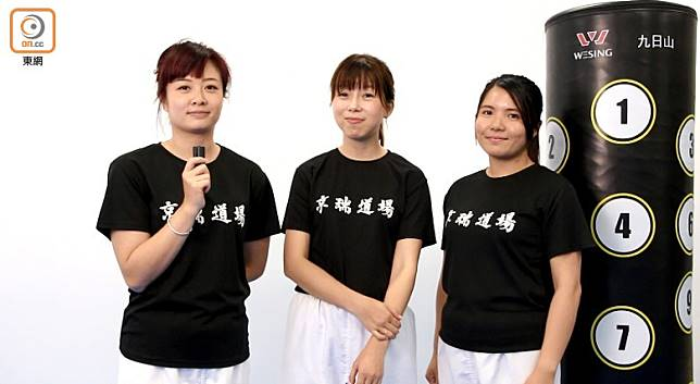 三位全職媽媽Karena、Stephanie及Shirley日間忙於照顧小朋友,晚上來做運動消脂一番。(張錦昌攝)