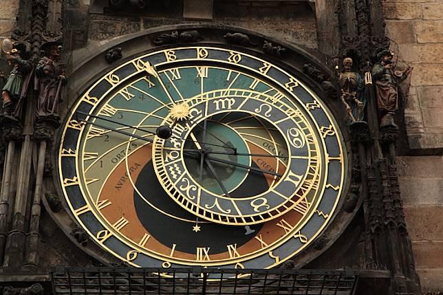 05-Orloj