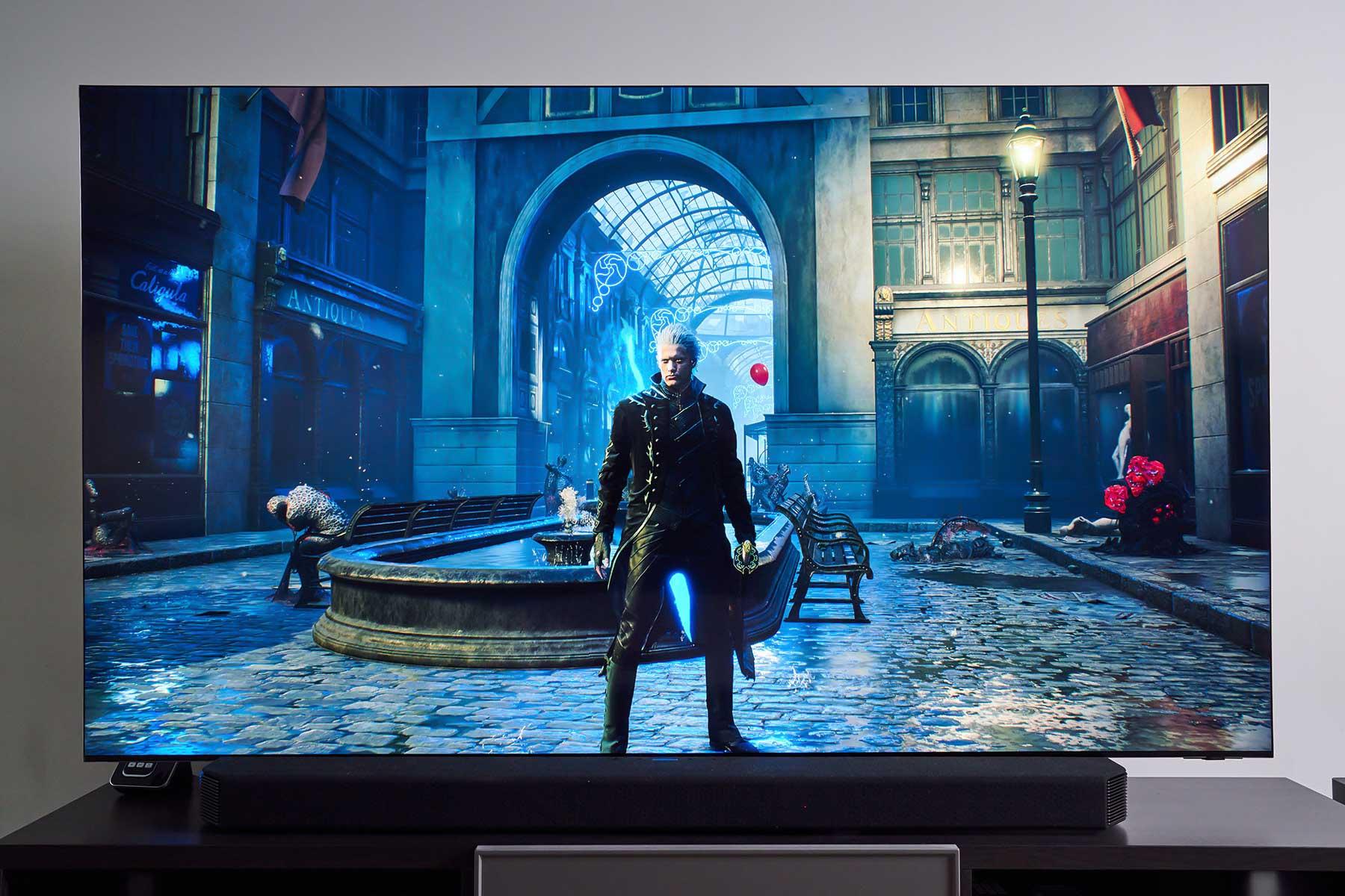 無論是觀賞影片或玩遊戲,Neo QLED 8K 量子電視所呈現的都是精準且衝擊力較強的音色,包圍感的表現也相當不錯。