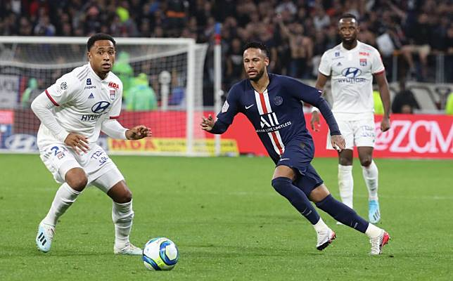 Olympique Lyon v Paris Saint-Germain - Ligue 1