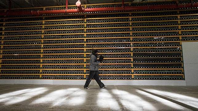 Pemerintah Kanada diketahui tengah menyusun aturan mengenai cryptocurrency untuk menghindari adanya risiko pendaan teroris dan aksi pencucian uang. (dok. REUTERS/Christinne Muschi)