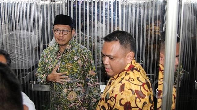 KPK membuka kemungkinan akan memeriksa Menteri Agama Lukman Hakim Saifuddin jika keterangannya diperlukan untuk kasus jual beli jabatan di Kemenag.