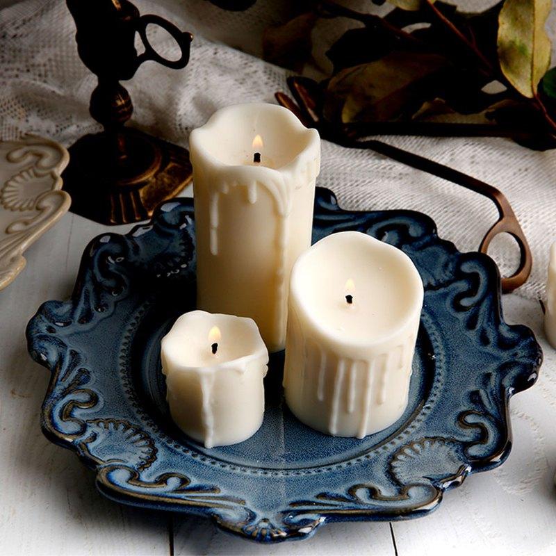 3種不同大小蠟燭各一 ◇ 小蠟燭:35g以上 ◇ 中蠟燭:90g以上 ◇ 大蠟燭:140g以上 精美禮盒包裝